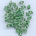 Lot de 50 oeillets format « diamant » couleur vert